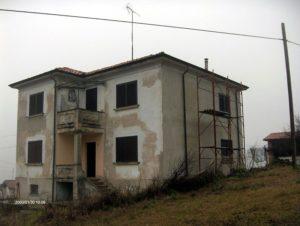 Villa voor verbouwing