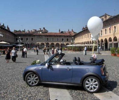vigevano square wedding